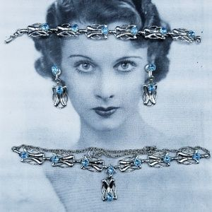 Vintage deco/neuveau Blue Rhinestone necklace set